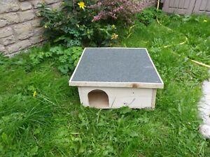 Hedgehog Hibernation house/Shelter Solid Wood handmade & Predator Proof  plain