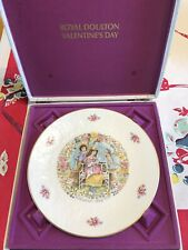 "Royal Doulton ""1978 Valentines Day"" Collectors Plate"