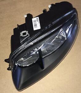 Alfa Romeo GT (2003 - 2010) Blackline Headlamp 50505540