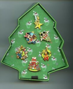 Disney Christmas Character Tree Tinker Bell Goofy Pluto Donald Box Mini Pin Set