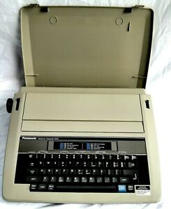 Panasonic KX-R305 Electronic/Electric Portable Typewriter With Case 1988 Vintage