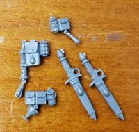 Warhammer 40k Space Marine Bits:Blood Angels Sanguinary Guard Daggers & Packs x5