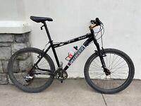 "Specialized Rockhopper Comp Mountain Bike ~ 19"" Frame ~ 27 Speed ~ Nice Manitou"