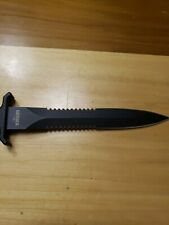 Gerber  Double Serrated Fixed blade combat fighting Knife n.o.s. USA