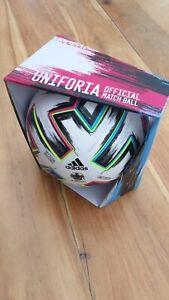adidas Uniforia Pro EM OMB Matchball Spielball Fußball weiß Größe 5
