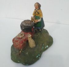 ANTICO Pastore per presepe - Contadina con pentola per castagne - in gesso