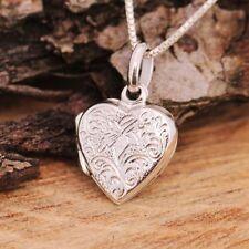 Colliers et pendentifs en métal précieux sans pierres