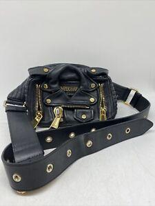 Aufwendig gearbeitete Moschino Crossbody Bag