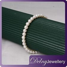 Brand New Freshwater Pearl Bracelet with 925 Silver Clasp Delny