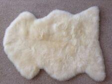 GENUINE SHEEPSKIN RUG - NATURAL (WHITE) - MEDIUM