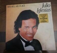 """LP 33 GIRI JULIO IGLESIAS """"1100 BEL AIR PLACE"""" 1984 CBS 86308"""