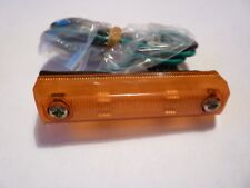 ROVER P5B Side Repeater Unité Complet. NEUF. Part Number 566005.