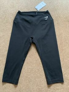 New Gymshark Ladies Black Cropped Leggings Size Small