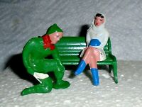 "VINTAGE LEAD BARCLAY ""Man Putting Skates on Girl"" B200 Near Mint Cond F/S  Lot C"