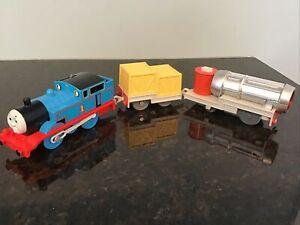 Thomas & Friends TRACKMASTER MOTORIZED THOMAS LIGHTS UP JET ENGINE SET.