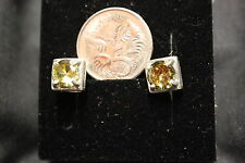 NEW STERLING SILVER NATURAL PERIDOT EARRINGS (3.03gms) # E22