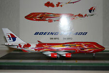 JC Wings 1:200 Malaysia Airlines Boeing 747-400 9M-MPD 'Hibiscus' (XX2525)