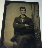 Antique Victorian American Fashion Big Eared Man, Crossed Arms! Tintype Photo!