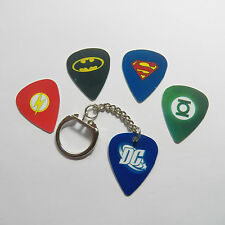 DC MIX & 1 Keyring Guitar plectrum picks superhero flash green laNTERN KEYCHAIN