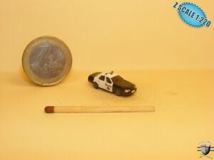 Ford Crown Victoria Police Car Z scale 1/220 Hand-painted Metal Model