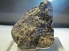 MINÉRAUX.  RUTILE.   Mandrosonoro, MADAGASCAR.  Géologie, lithothérapie, minéral