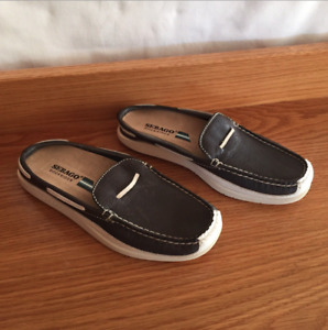 Womens Sebago Docksides ST Maartens Casual Slip on Lofers Shoes Navy Blue Size 6