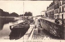 SAINTES 90 quais des frères bateaux photo delboy