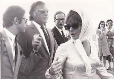 Elizabeth Taylor Richard Burton Original Vintage 1964