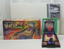 Electronic HOT SHOT Basketball Battery Operated Arcade Game Milton Bradley 1997