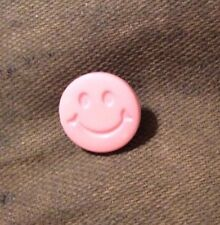 DILL BUTTONS #201372 PINK HAPPY FACE--SHANK--15MM-- 7 PIECES
