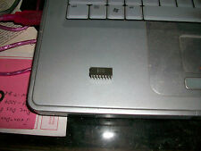 Intel D4004    D 4004 processor chip