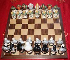 Le Seigneur des Anneaux peintes Chess Set & en bois massif Board
