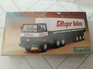Maquette Camion SCANKIT 1/72 FORD Transcontinental Trailer Truck Référence 2001