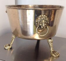 ANTIQUE VICTORIAN BRASS LION HEAD RING HANDLES 3 CLAW FEET SCUTTLE OR PLANTER