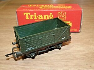 TRIANG RAILWAYS R.10 OPEN GOODS TRUCK GREEN - BOXED VGC 00 GAUGE TRI-ANG