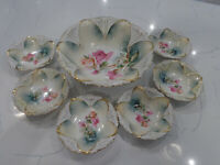 RS PRUSSIA BERRY/SALAD BOWL WITH 6 DISHES STAMPED 7 PIECES