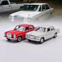 WELLY 1:24 Scale Mercedes-Benz 220 Diecast Car Model Collection New in Box
