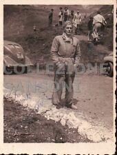 FOTO PILOTA DI AUTO O MECCANICO O AUTISTA IN MONTAGNA ANNI 30  C10-387