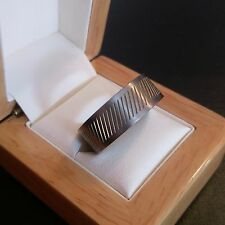 ***REDUCED*** Mens Titanium Ring with Gold Coloured Slices - Size V
