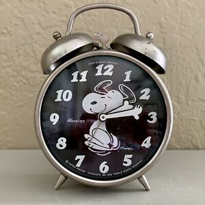 Snoopy Blsssing Wind Up Alarm Clock 1970 Made in W Germany