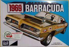 MPC 1969 Barracuda 1/25 Scale Model Kit