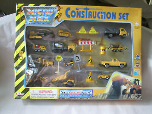 Red-Box Micro Max Construction Play Set Real Diecast Vehicles #66003 Machines