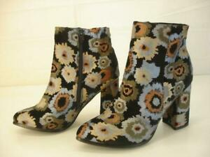 Women's 8.5 9 39 Patrizia by Spring Step Black Floral Ikat Odelia Booties Boots