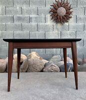Vintage Mid Century Danish Modern Atomic Circa 1950s Peg Leg End Table