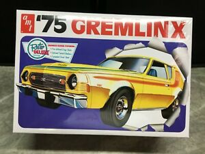 AMT 1/25 scale 1975 AMC Gremlin X model car kit