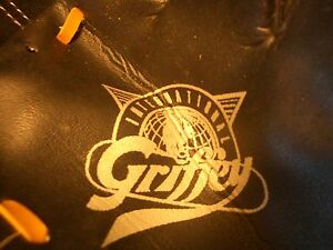 GRIFFEY INTERNATIONAL CHILDS BASEBALL GLOVE,  LN, LQQK!!