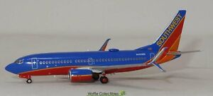 1:400 NG Models Southwest Airlines B 737-700 N252WN 82057 77002 *LAST ONE!*