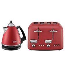 De'Longhi Argento Kettle & Toaster Set Red