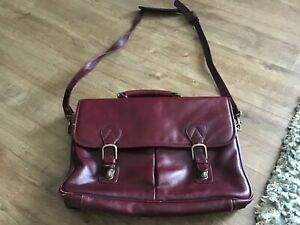 Mens Large Messenger Bag. Faux Leather Used burgundy