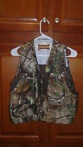 Gamehide Hunting Vest (Fit for Young Mossy Oak sz med